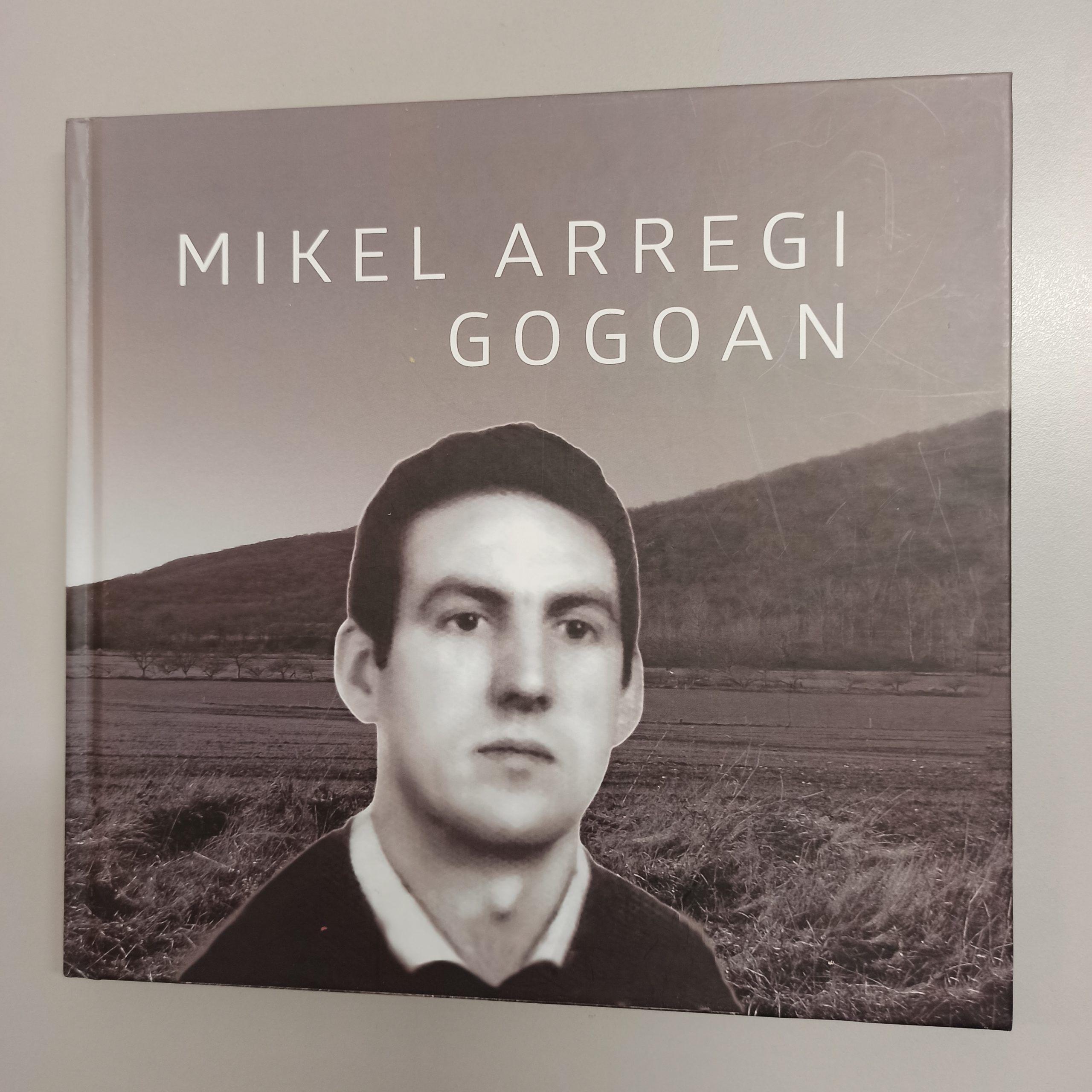 Mikel Arregiri buruzko liburua honako tokietan erosi daiteke irudia - iragarkilaburrak.eus